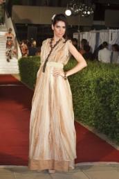 fashion-and-beauty-22-06-2012-162
